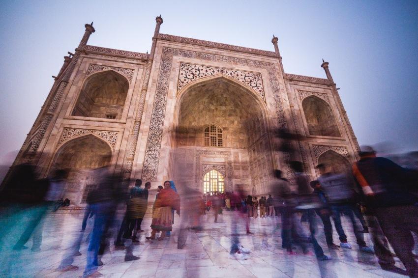 Taj Mahal in motion! Agra, India, 2013.
