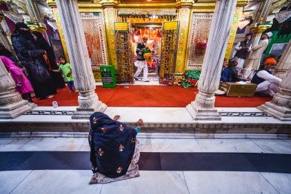 Nizamuddin Dargah. Delhi, 2013.