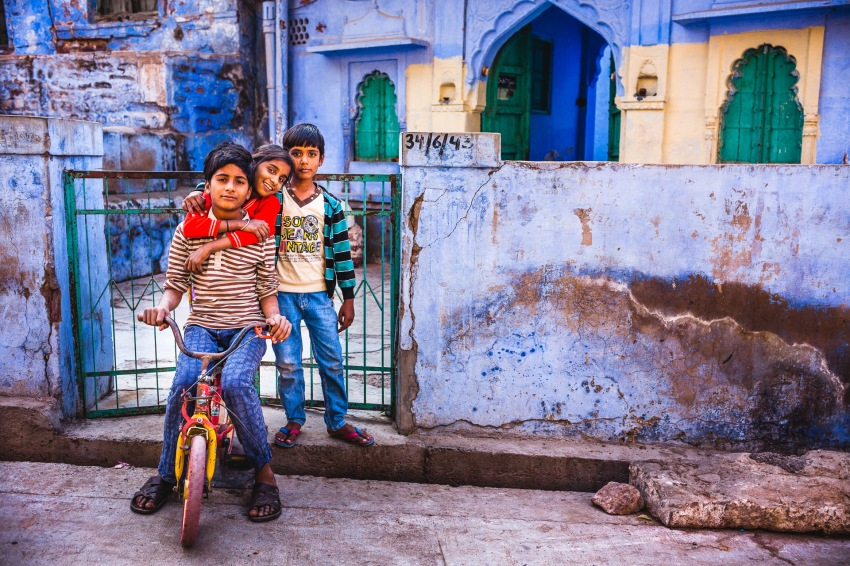 I'm alone in a blue Indian city. My sister and my brother still live in France. I would want to see them, my nephews are growing up so fast! Jodhpur, India, 2014.