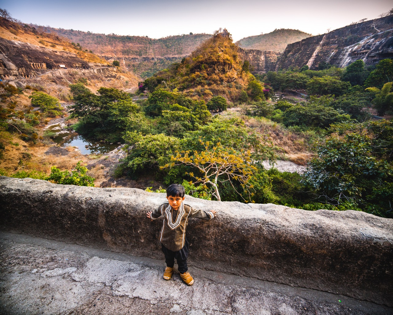 Feeling like a little dot on earth. Discovering new places, it feels like I just entered an entire mesmerizing new world. Craving for immensity, whether I am in India, in France or in Canada, I'll continue to explore. Ajanta Caves valley. Maharashtra, India, 2014.