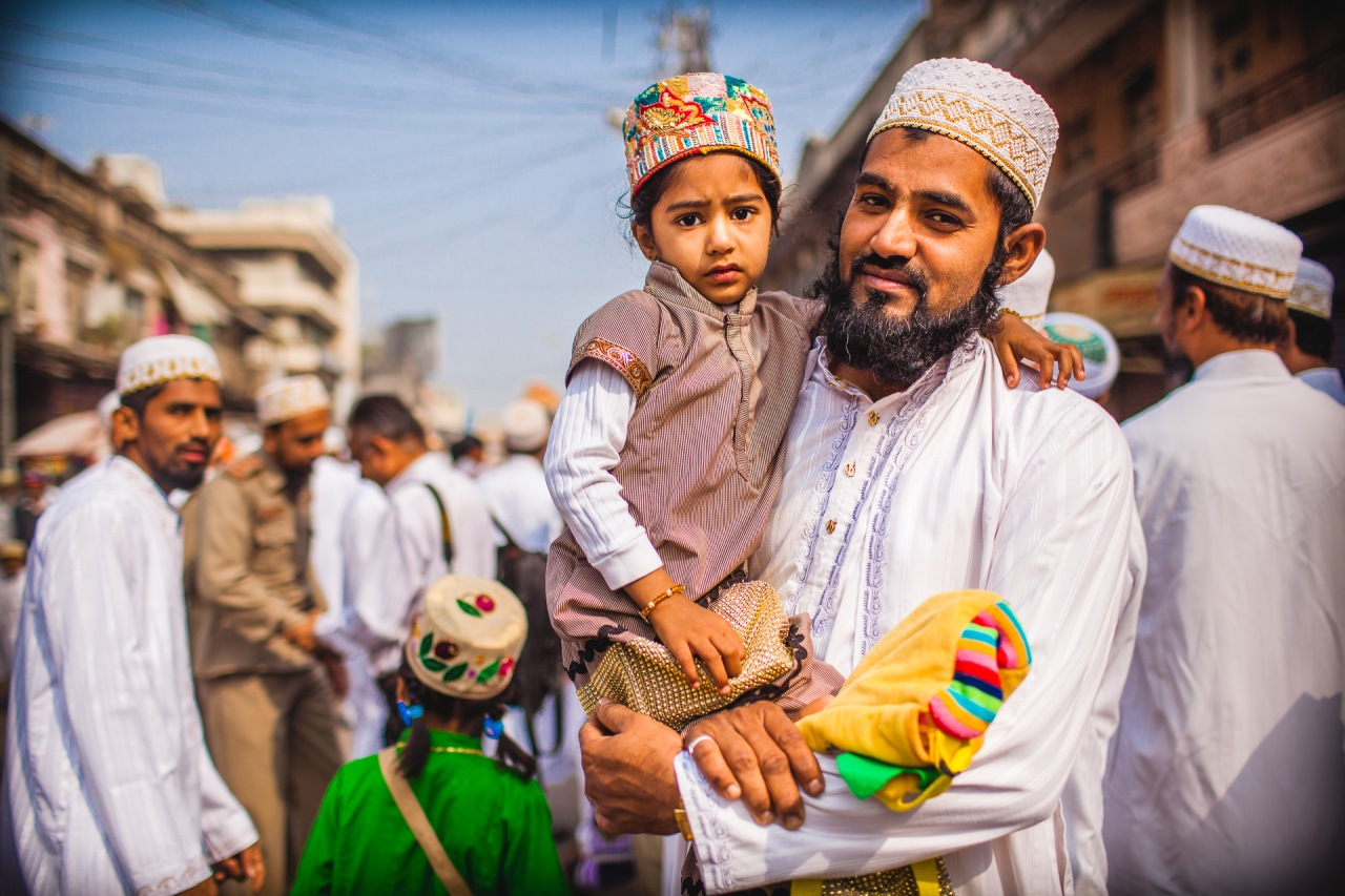 Father's Day. To all the good Dads out there, close or far away. Jalgaon, Maharashtra, India, 2014.