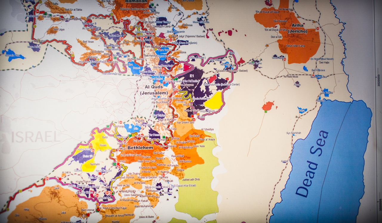 Geopolitical map of the Occupied Territories of Palestine. Bethlehem, Palestine, 2014.